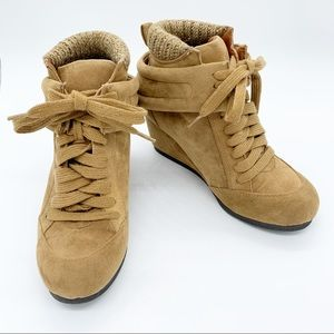 QUPID Suede Wedge Lace Up Ankle Boots
